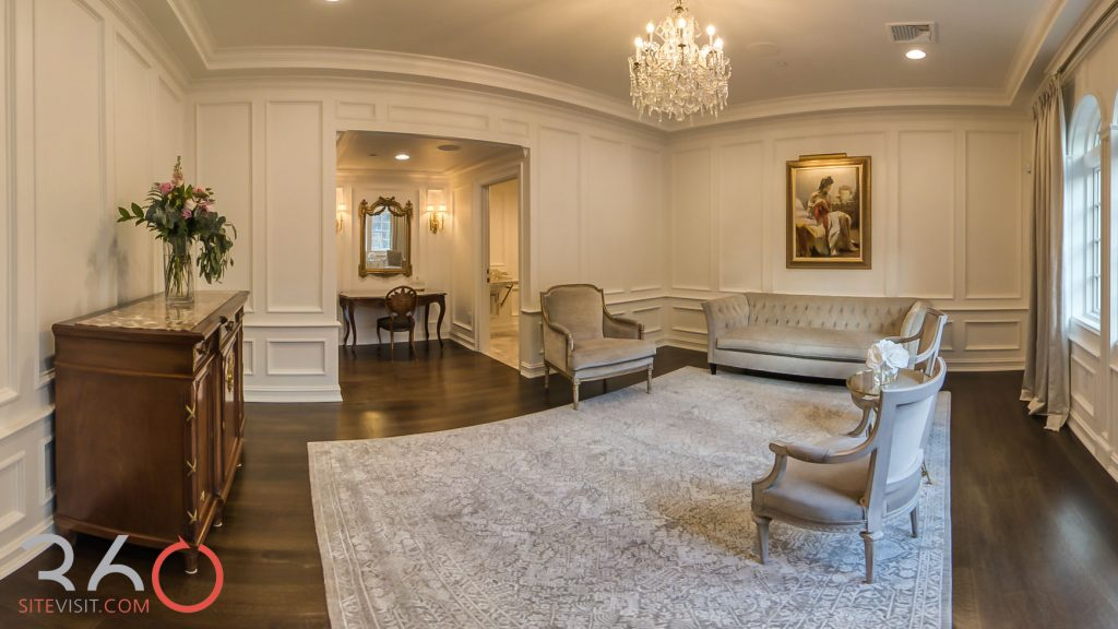 Nanina's in the park newly renovated Bridal Suite. Image by 360sitevisit