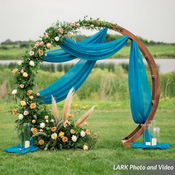 Arch Wooden Round for wedding ceremony