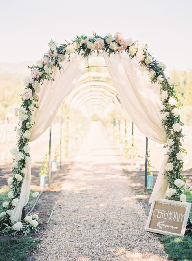 Capa Valley California Wedding Arch tunnel