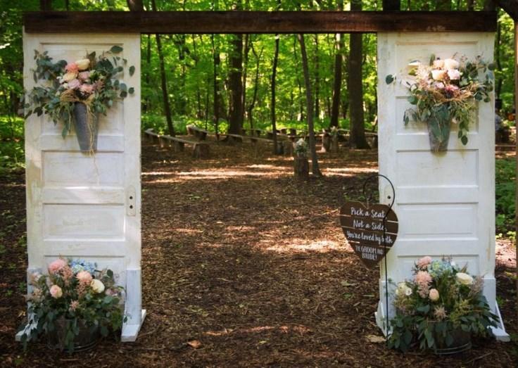 wooden door diy rustic wedding backdrop