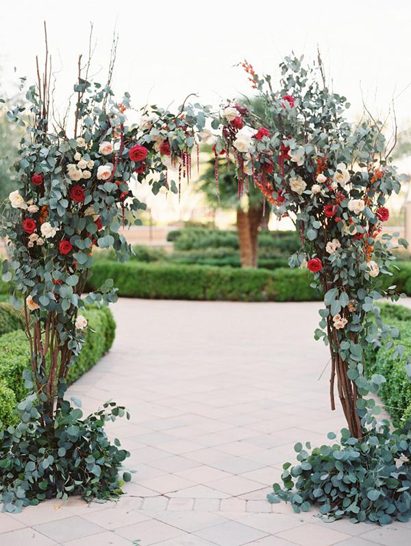 beautiful floral wedding altar backdrop