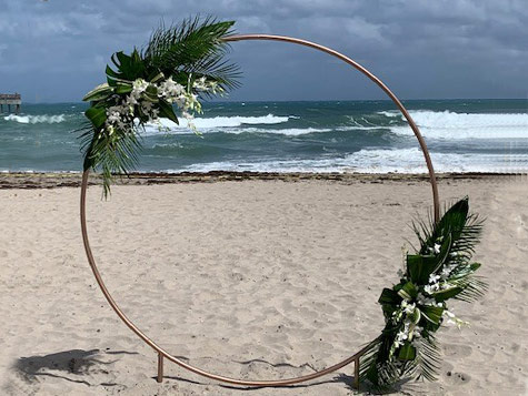 Iron circle with flowers