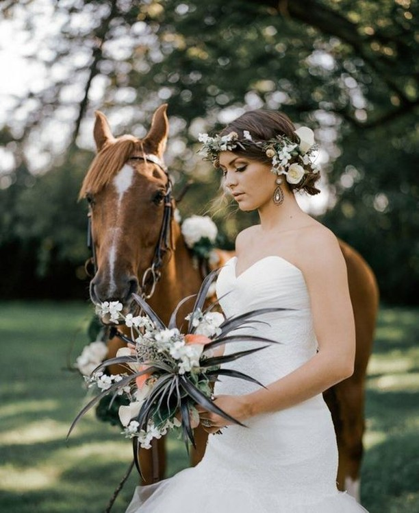 Wedding tip - including your horse in the ceremony