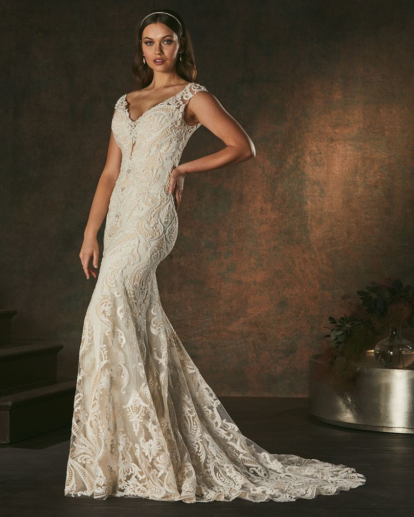 Amare-Couture-Luxurious-Style-C157-Corinee