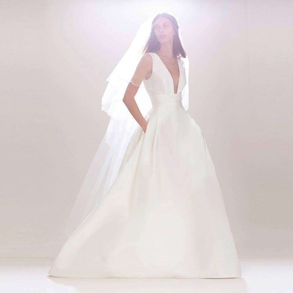 Carolina-Herrera-Bridal-Fall-2016-collection