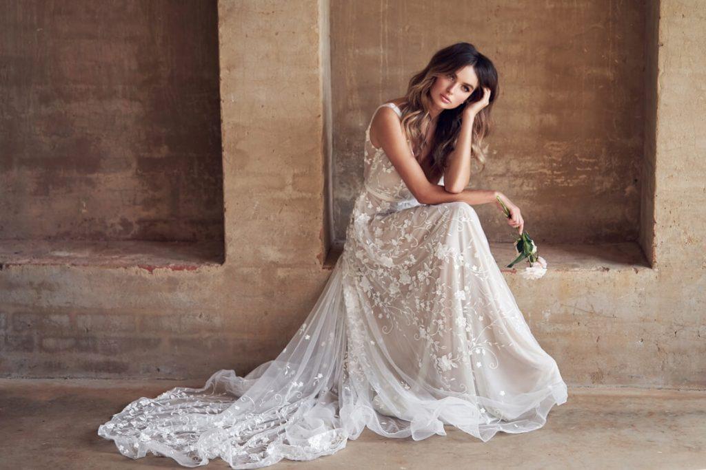 The-Romantic-Sparkling-Anna-Campbell-Wanderlust-Wedding-Dress-Collection-Amelie-Dress