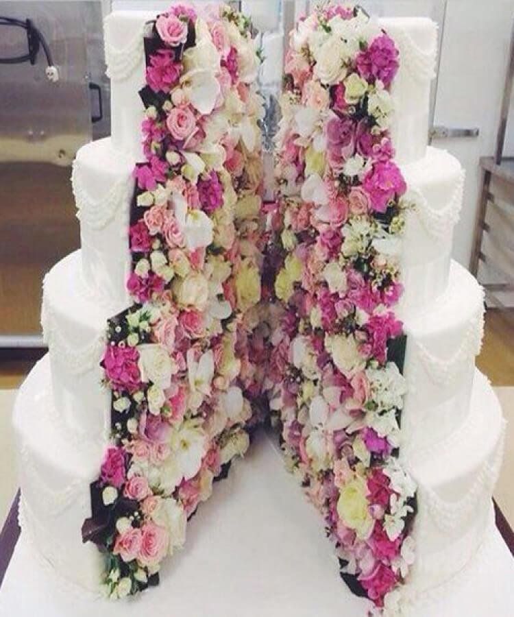 Flower-inside-wedding-cake