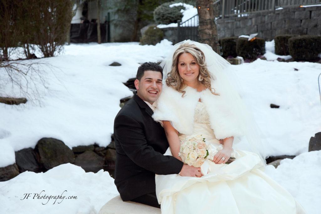 winter wedding photo by JF photo studio