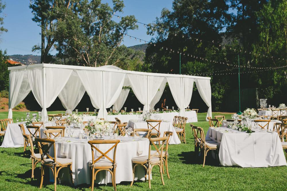 Romantic-Outdoor-Reception