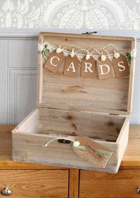 Rustic-Wedding-Pallet-card-storage