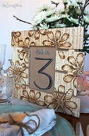 Rustic-Wedding-Pallet-number-your-tables