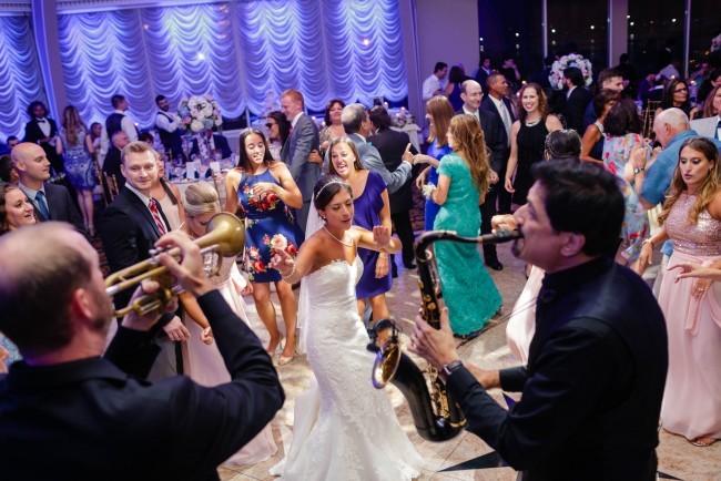 676-Bud maltin wedding entertainment