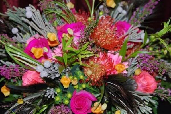 Vaseful Flower & Gifts